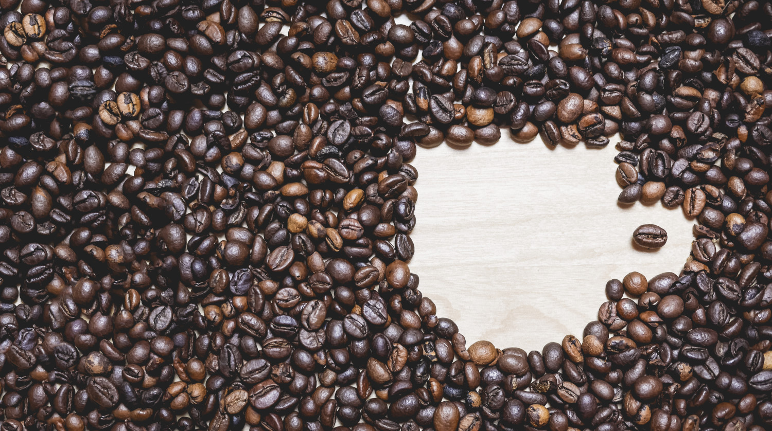 coffee-cup-shape-in-coffee-beans-picjumbo-com